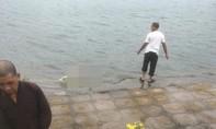Cô gái chết trên hồ Định Công để lại thư tuyệt mệnh