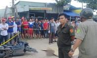 Người đàn ông tử vong trên đường bên cạnh xe máy