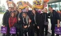 Nồng hậu đón khách quốc tế xông đất năm mới