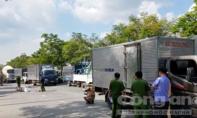 Người phụ nữ ngã ra đường sau va chạm, bị xe tải cán tử vong