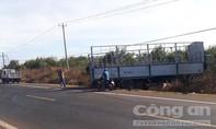 Xe tải gãy trục lao vào xe máy, 3 chị em ruột tử nạn thương tâm