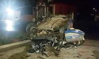 Tai nạn thảm khốc giữa taxi và xe máy, 3 người chết, 4 người bị thương