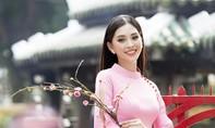 Hoa hậu Tiểu Vy rực rỡ trong bộ ảnh áo dài xuân