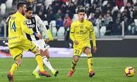 Juventus thắng 3-0 dù Ronaldo đá hỏng phạt đền