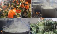 Gói 2.500 chiếc bánh chưng tặng người nghèo đón Tết