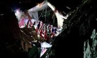 Tường nhà hàng đám cưới sụp đổ, ít nhất 15 người chết