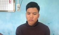 """Bắt kẻ vận chuyển ma túy từ Lào về Việt Nam để """"ăn Tết"""""""
