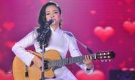 Hồng Hạnh: 'Trịnh Công Sơn từng chờ đợi đưa đón tôi về'