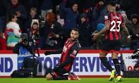 Higuain ra mắt, Chelsea thảm bại trước Bournemouth