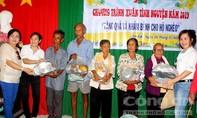 Khám bệnh và tặng quà cho 500 gia đình ở Sóc Trăng
