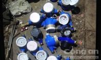 Con nghiện chuyên trộm đồng hồ nước