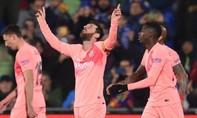 Messi - Suarez tỏa sáng, Barca vững chắc ngôi đầu