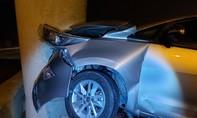 """Nhiều ô tô gặp nạn vì """"ma men"""" chạy xe máy vào đường cao tốc"""