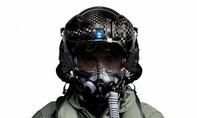 Cận cảnh chiếc mũ 400.000USD của phi công Mỹ