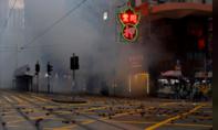 Lính Trung Quốc cảnh báo người biểu tình ở Hong Kong