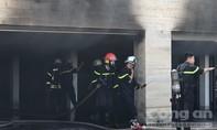 """Cháy gây khói mù mịt trong biệt thự của """"đại gia"""" thép"""