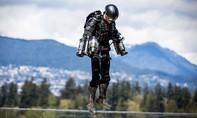 Cận cảnh chiếc jetpack giống như Iron Man ngoài đời thực