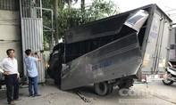 Nghi án thanh niên trộm xe tải, gây tai nạn liên hoàn khi bỏ chạy ở Sài Gòn