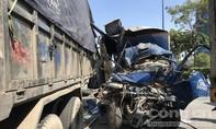 5 ô tô tông nhau ở Sài Gòn, lơ xe chết thảm, tài xế đi cấp cứu