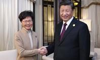 Ông Tập ca ngợi đặc khu trưởng Hong Kong
