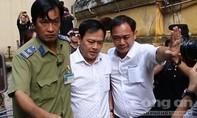 Nguyễn Hữu Linh suýt bật khóc khi đến tòa phúc thẩm