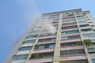 Chung cư cháy sau tiếng nổ, hàng trăm người nháo nhào thoát thân