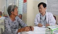 Khám, phát thuốc miễn phí cho 200 bà con huyện Bình Chánh