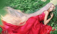 Người phụ nữ Ukraine nổi tiếng với mái tóc dài gần 2m
