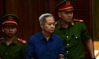 Cựu Phó chủ tịch UBND TPHCM Nguyễn Hữu Tín và đồng phạm ra tòa
