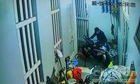Trộm đột nhập nhà dân ở Sài Gòn lấy xe mô tô trị giá hơn nửa tỷ đồng
