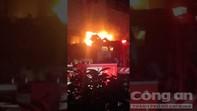 Phim trường ở Sài Gòn phát nổ rồi cháy ngùn ngụt