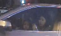 Clip mẹ để con gái nhỏ lái siêu xe BMW lưu thông trên đường