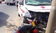 Thai phụ mất con sau tai nạn với xe cấp cứu chở người đi tham quan