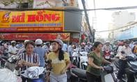 Dân Sài Gòn chen lấn nghẹt thở mua vàng ngày vía Thần Tài