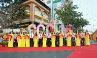 Tưng bừng khai mạc lễ hội đường sách Tết Kỷ Hợi ở Sài Gòn