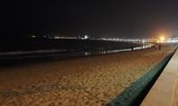 Bé gái 13 tuổi nghi bị xâm hại trên bãi biển trong đêm