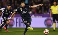 Benzema lập cú đúp, Real vững vàng vị trí thứ ba