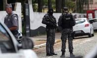 Xả súng ở trường học, ít nhất 10 người thiệt mạng