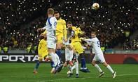 Giroud tỏa sáng, Chelsea đại thắng Dynamo Kyiv