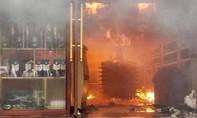 Cháy lớn tại khách sạn, một người tử vong