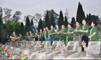 Đoàn đại biểu TP.HCM viếng Nghĩa trang liệt sĩ Quốc gia Vị Xuyên