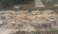 Xây gần trăm mộ giả chờ nhận tiền đền bù dự án mở rộng sân bay