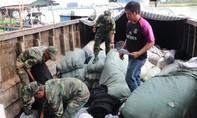 Liên tiếp bắt hàng lậu từ Campuchia về Việt Nam
