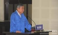 Cựu tổng giám đốc 71 tuổi ra tòa sau thời gian bỏ trốn