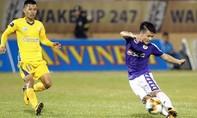 Quang Hải xuất sắc, nhưng Hà Nội vẫn mất đỉnh bảng V-League