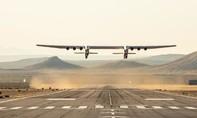 Máy bay lớn nhất Thế giới vừa cất cánh thử nghiệm