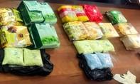 Thu giữ thêm 1kg hàng đá và hơn 1.000 viên ma túy