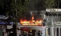 Cận cảnh vụ cháy nhà khiến 3 người trong một gia đình tử vong