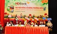 HDBank chia cổ tức và cổ phiếu thưởng 30%