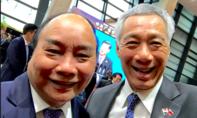 Thủ tướng Singapore đăng ảnh chụp cùng thủ tướng Nguyễn Xuân Phúc trên Facebook